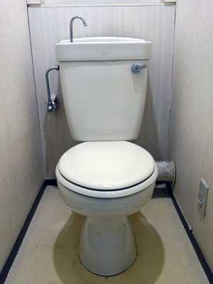 トイレ交換・トイレリフォーム前