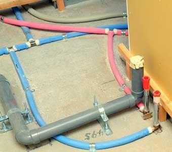 給水管の更新(引き直し)