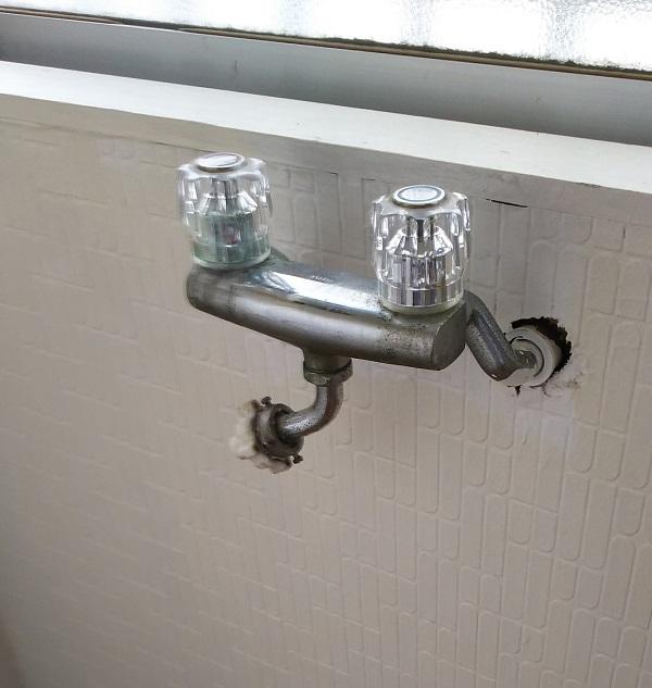 洗濯用混合水栓