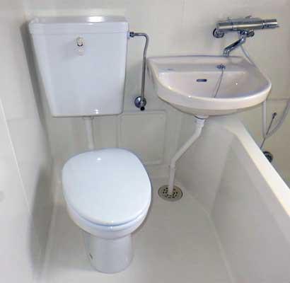 3点式ユニットバスのトイレ交換